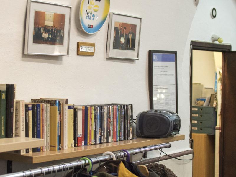 Conjunt de Roba i llibres